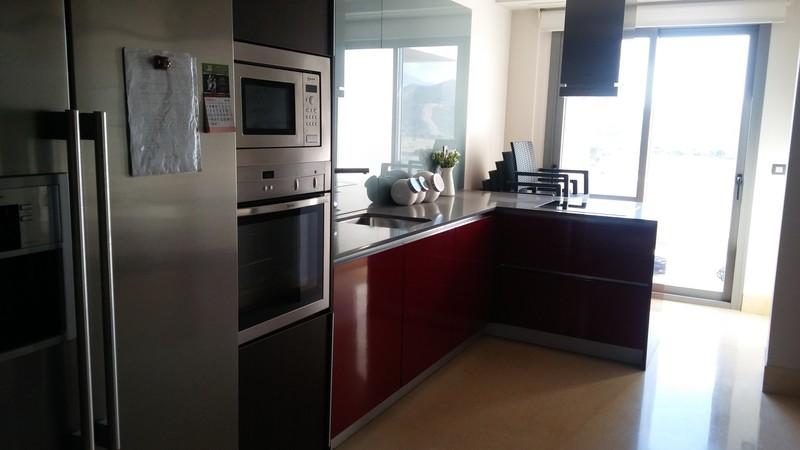 3 bed Property For Sale in Benahavís, Costa del Sol - 14