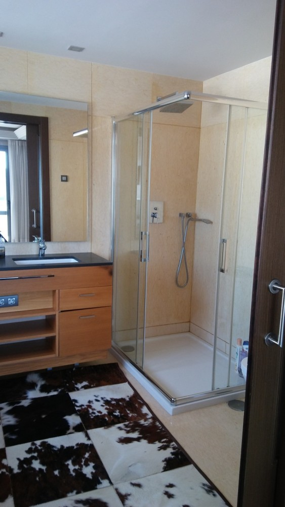 3 bed Property For Sale in Benahavís, Costa del Sol - 24