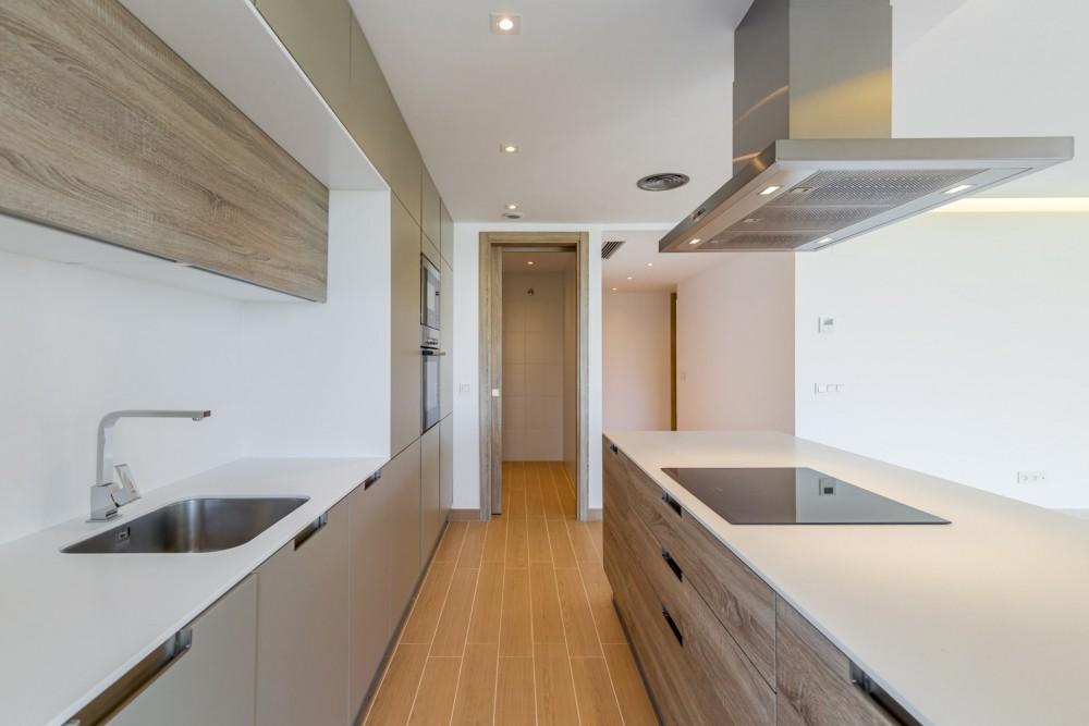 3 bed Property For Sale in Benahavis,  - thumb 6