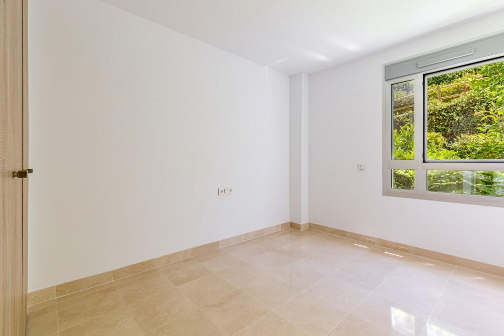 3 bed Property For Sale in Benahavis,  - thumb 10