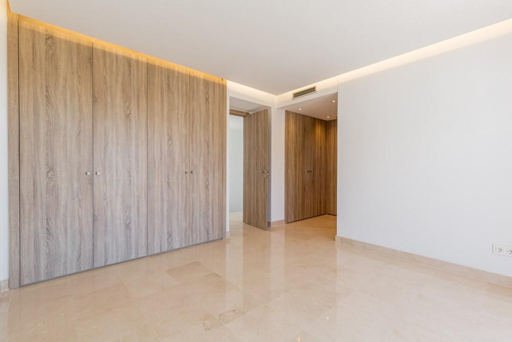 3 bed Property For Sale in Benahavis,  - thumb 8