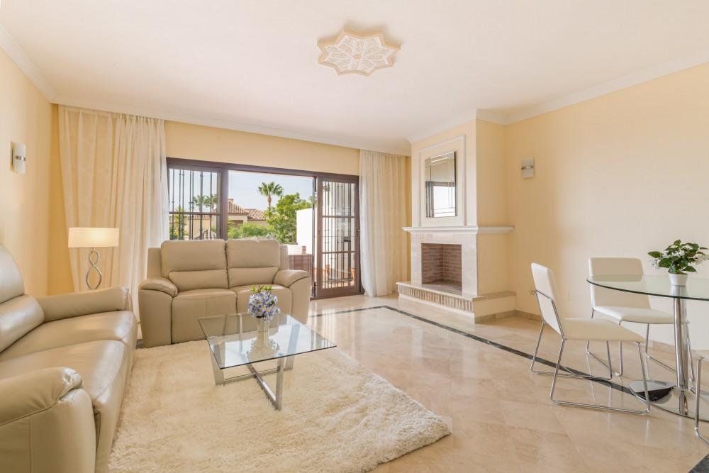 2 bed Property For Sale in El Alto,  - 1