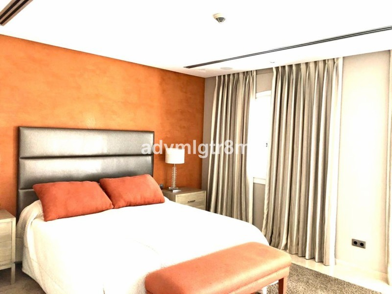5 bed Property For Sale in Benahavís, Costa del Sol - 10