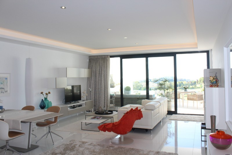 3 bed Property For Sale in Atalaya, Costa del Sol - 3
