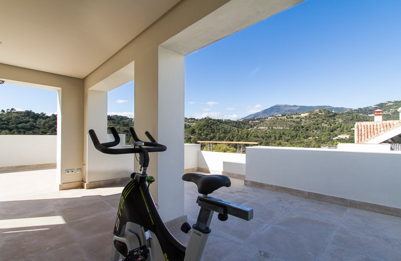 5 bed Property For Sale in Los Arqueros,  - thumb 3