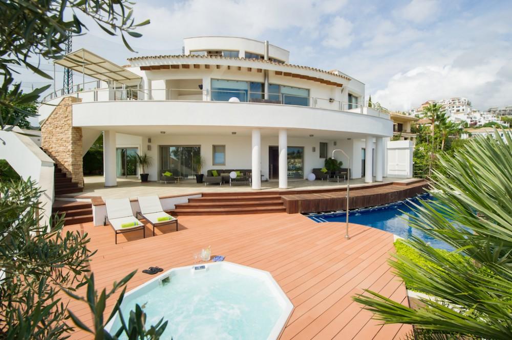 4 bed Property For Sale in Los Arqueros,  - 1