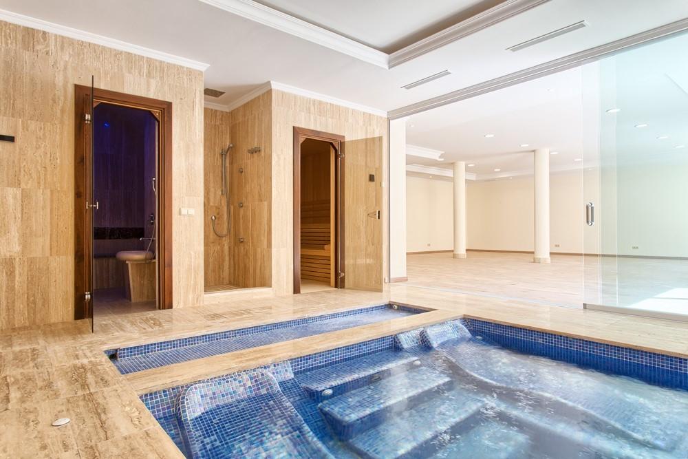 9 bed Property For Sale in Los Arqueros,  - 8