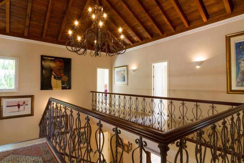 6 bed Property For Sale in Los Arqueros, Costa del Sol - 11