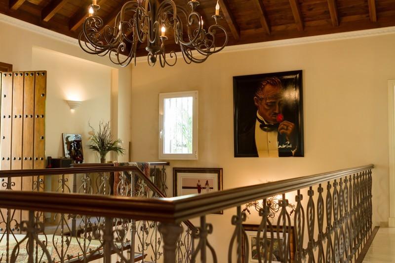 6 bed Property For Sale in Los Arqueros, Costa del Sol - 33