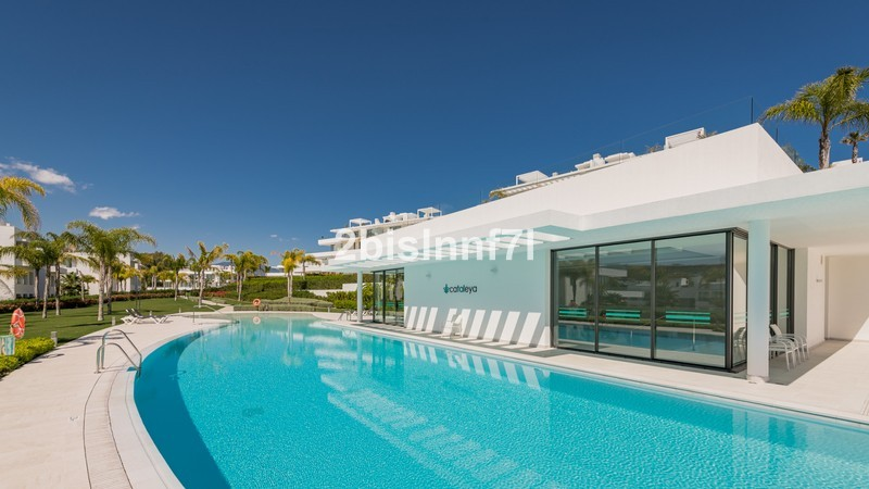 3 bed Property For Sale in Atalaya, Costa del Sol - 11