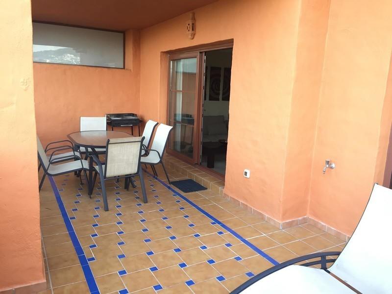 2 bed Property For Sale in Benahavís, Costa del Sol - 19