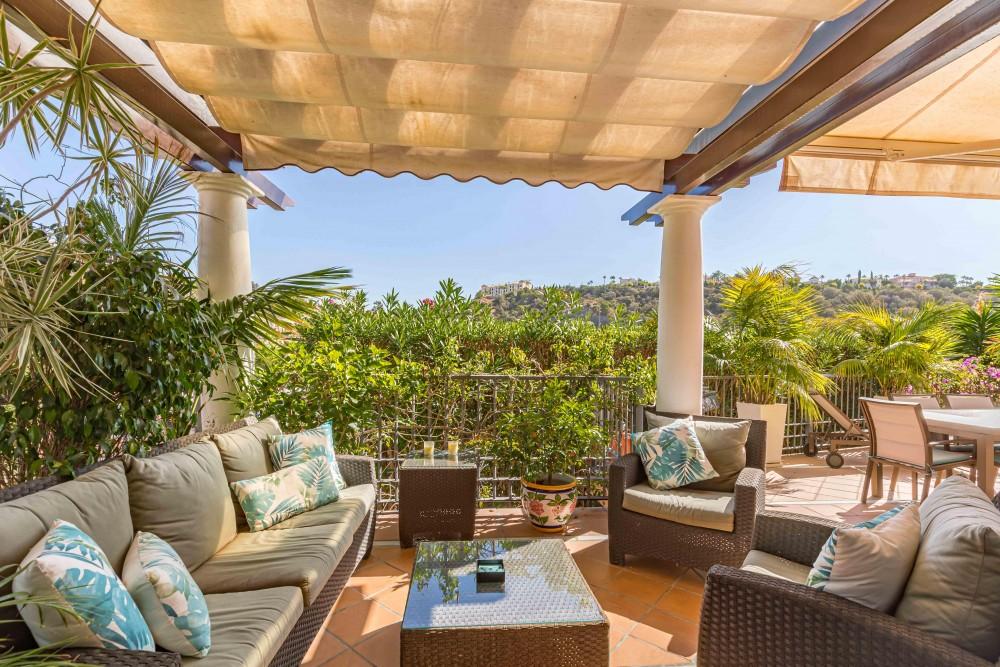 5 bed Property For Sale in Benahavis,  - 1