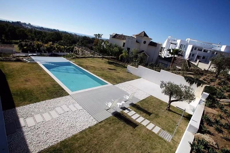 5 bed Property For Sale in Benahavís, Costa del Sol - 12