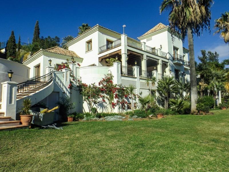 14 bed Property For Sale in Benahavís, Costa del Sol - 24