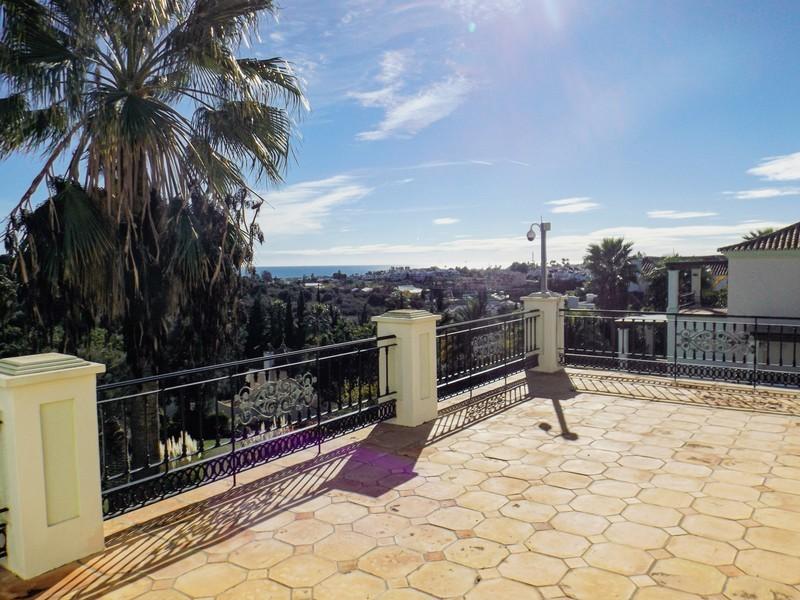 14 bed Property For Sale in Benahavís, Costa del Sol - 32