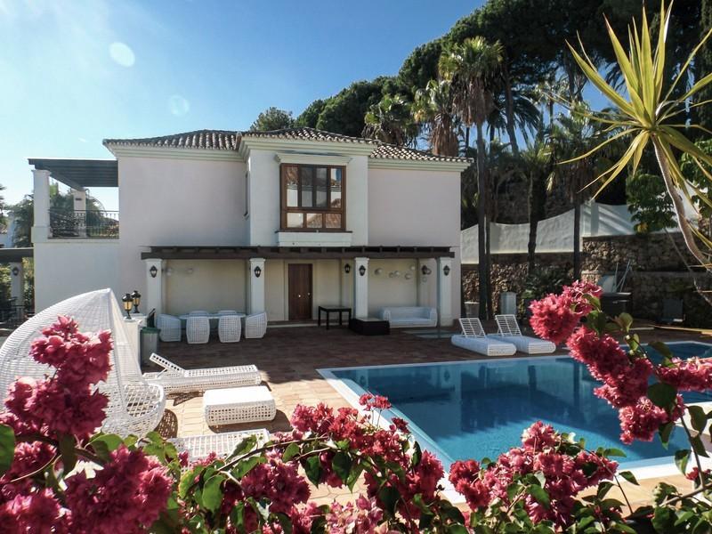 14 bed Property For Sale in Benahavís, Costa del Sol - 33