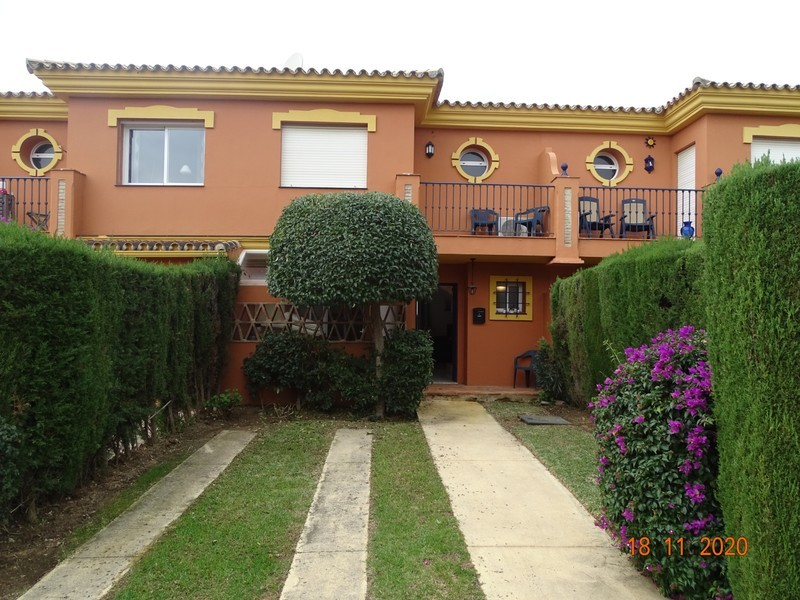 3 bed Property For Sale in Atalaya, Costa del Sol - thumb 1