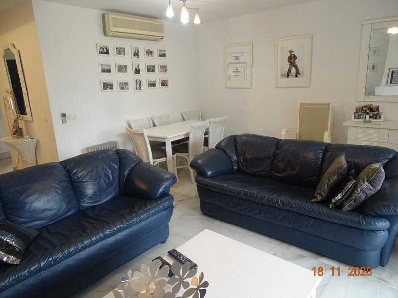 3 bed Property For Sale in Atalaya, Costa del Sol - thumb 3
