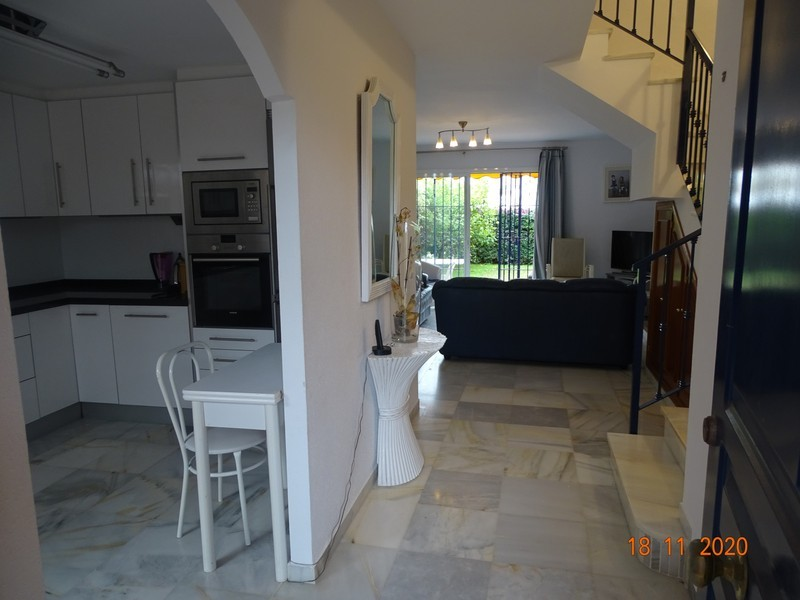 3 bed Property For Sale in Atalaya, Costa del Sol - thumb 4