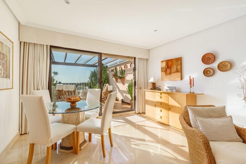 2 bed Property For Sale in Los Arqueros, Costa del Sol - 3