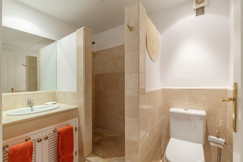 2 bed Property For Sale in Los Arqueros, Costa del Sol - 9