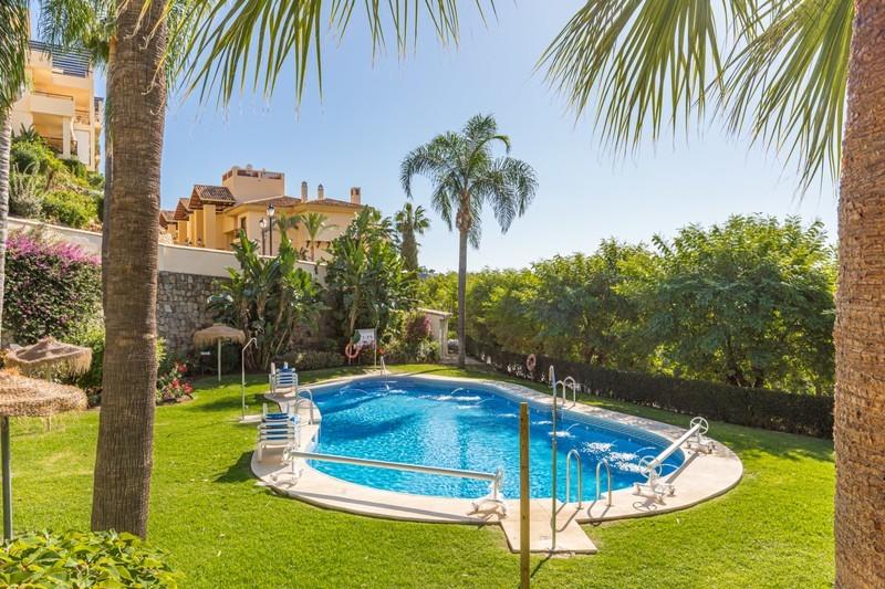 2 bed Property For Sale in Los Arqueros, Costa del Sol - 15