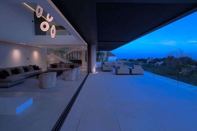 5 bed Property For Sale in Benahavís, Costa del Sol - 3