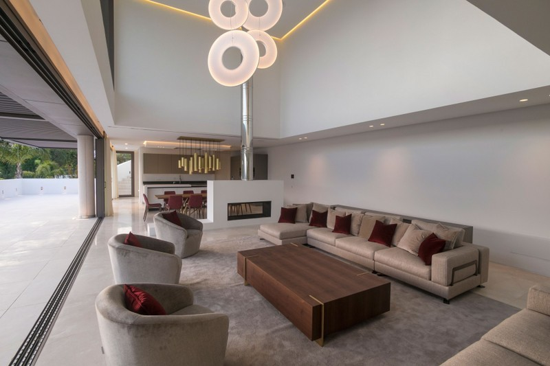5 bed Property For Sale in Benahavís, Costa del Sol - 9