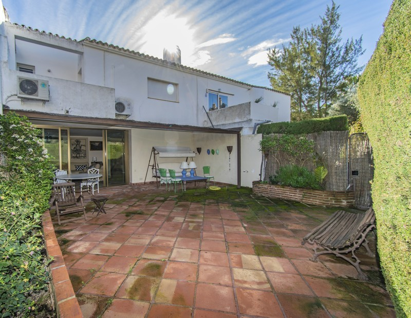 3 bed Property For Sale in Atalaya, Costa del Sol - 4