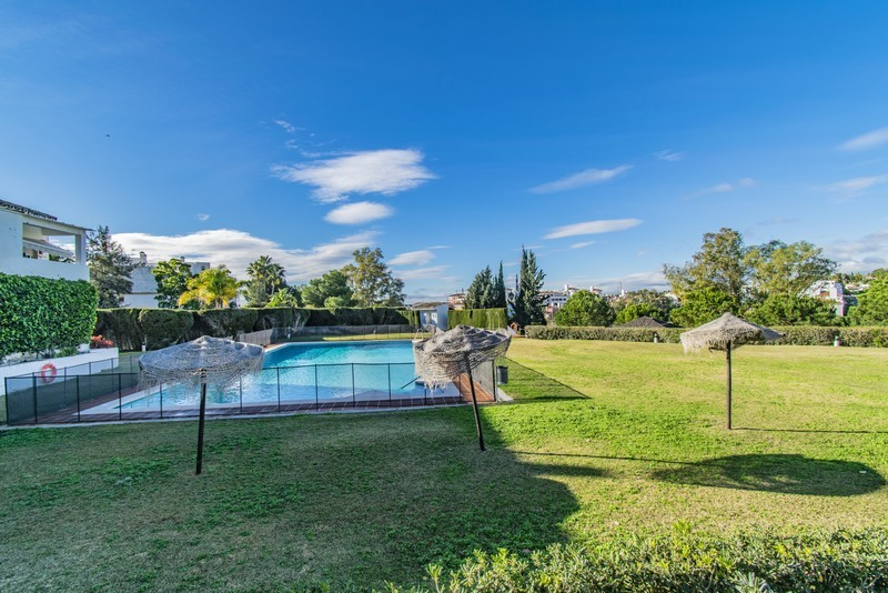 3 bed Property For Sale in Atalaya, Costa del Sol - 6