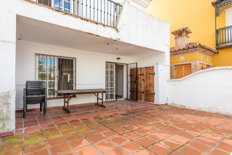 4 bed Property For Sale in Atalaya, Costa del Sol - 6