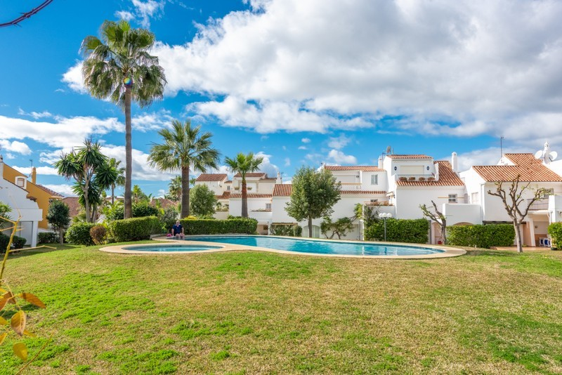 4 bed Property For Sale in Atalaya, Costa del Sol - 20
