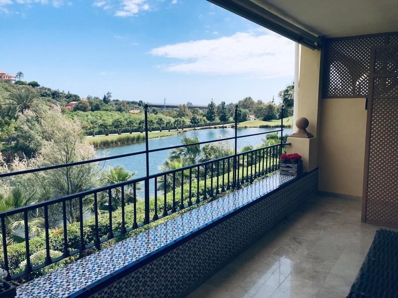 2 bed Property For Sale in La Quinta, Costa del Sol - 1
