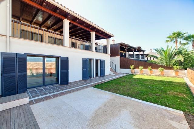 5 bed Property For Sale in Benahavís, Costa del Sol - 25