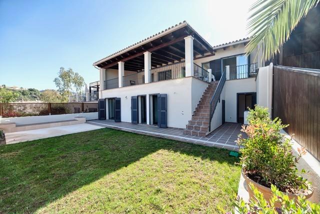 5 bed Property For Sale in Benahavís, Costa del Sol - 26
