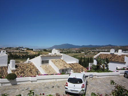 3 bed Property For Sale in Atalaya, Costa del Sol - 14