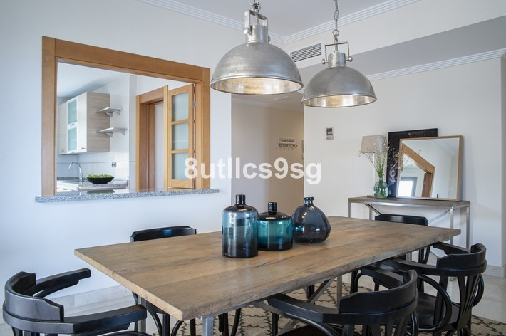 2 bed Property For Sale in Benahavís, Costa del Sol - 13