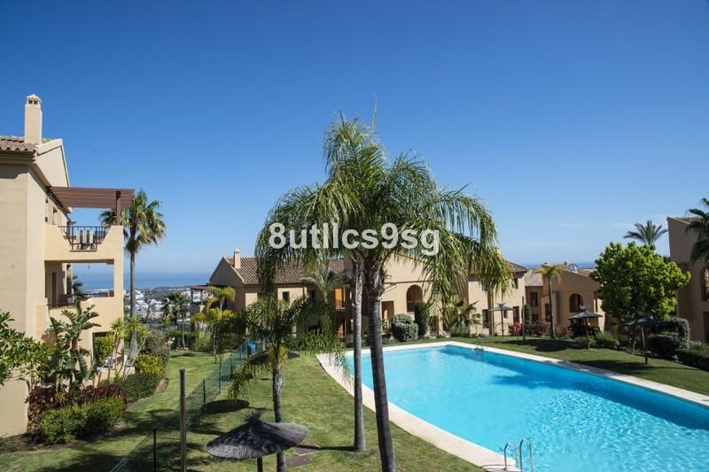2 bed Property For Sale in Benahavís, Costa del Sol - 26