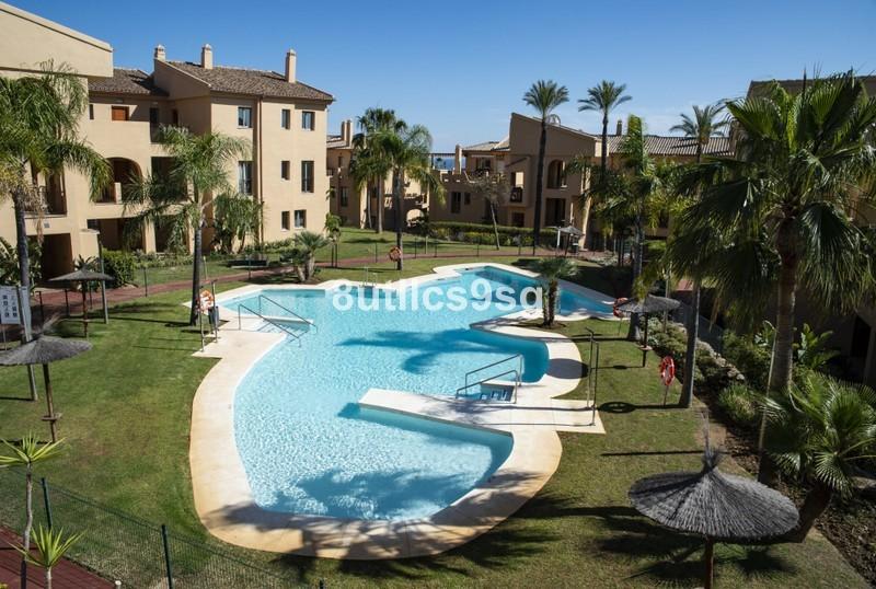 2 bed Property For Sale in Benahavís, Costa del Sol - 27