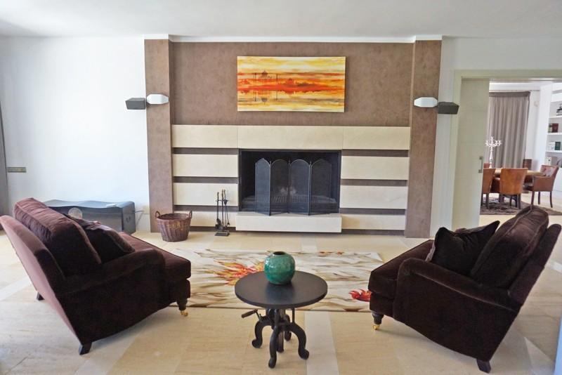 7 bed Property For Sale in La Quinta, Costa del Sol - 7