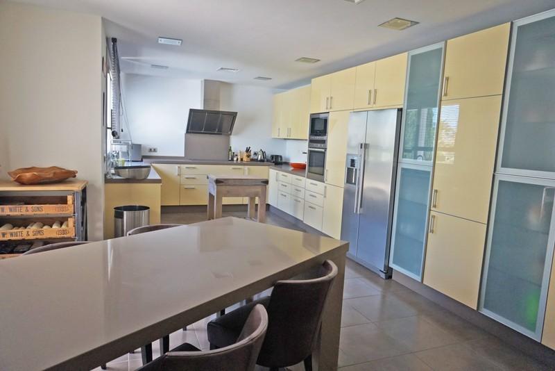 7 bed Property For Sale in La Quinta, Costa del Sol - 9