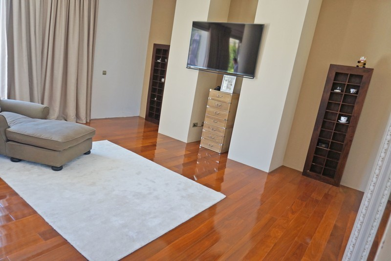 7 bed Property For Sale in La Quinta, Costa del Sol - 12