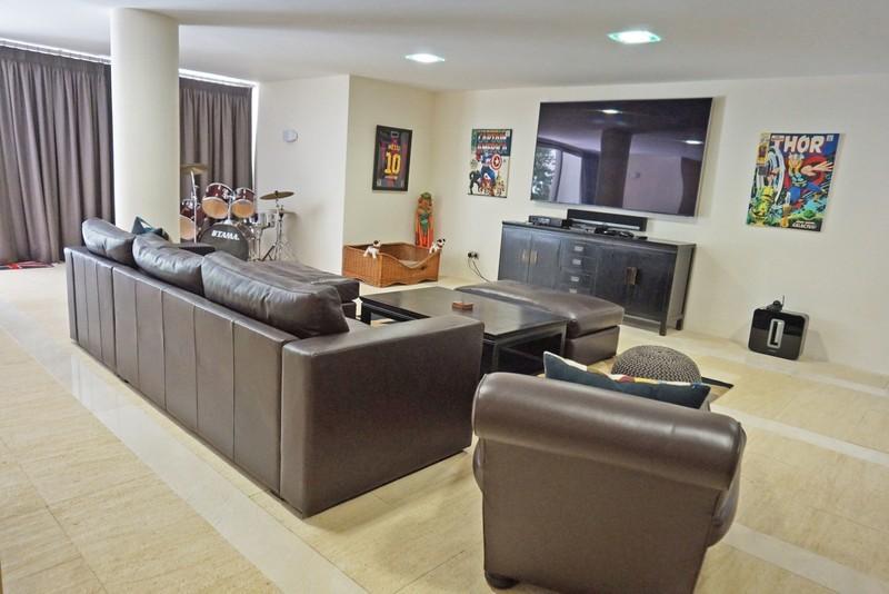 7 bed Property For Sale in La Quinta, Costa del Sol - 19