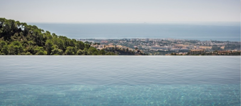 10 bed Property For Sale in La Zagaleta, Costa del Sol - thumb 4