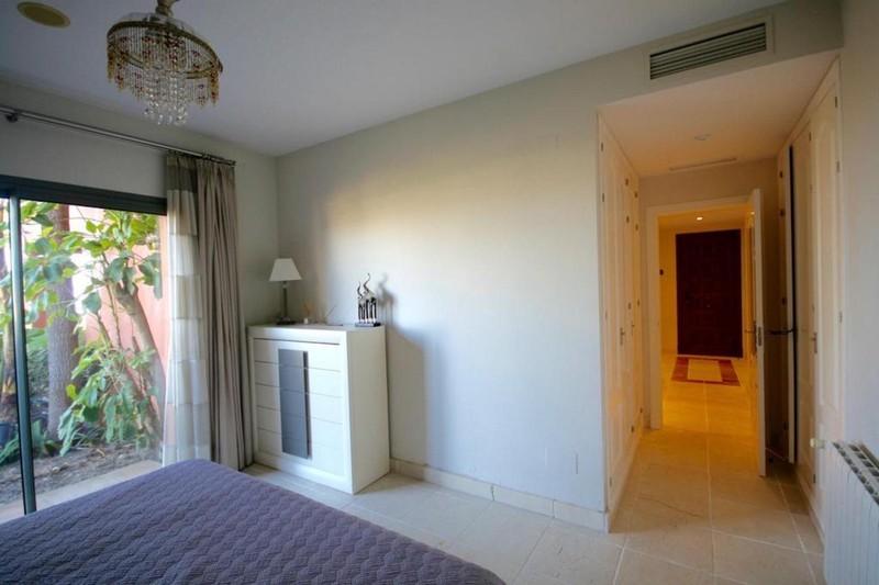 3 bed Property For Sale in Benahavís, Costa del Sol - thumb 8