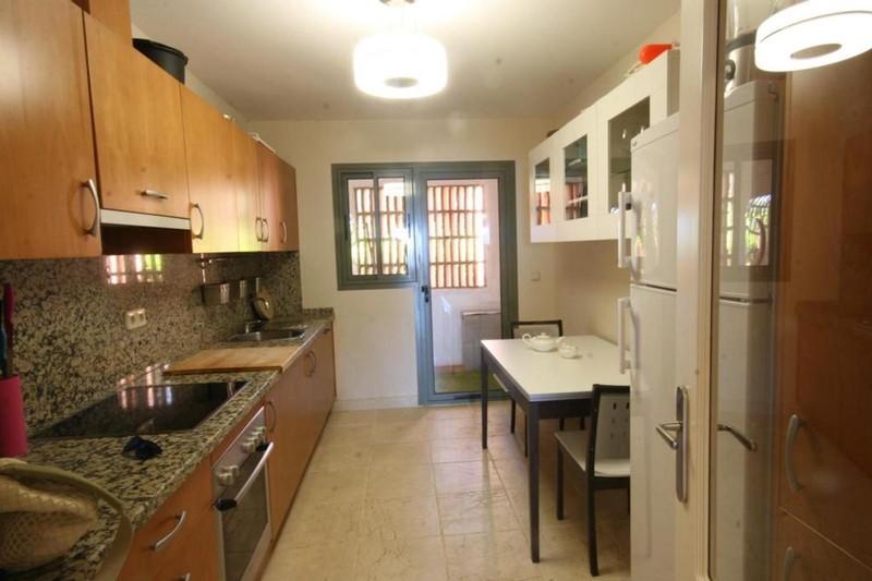 3 bed Property For Sale in Benahavís, Costa del Sol - 12