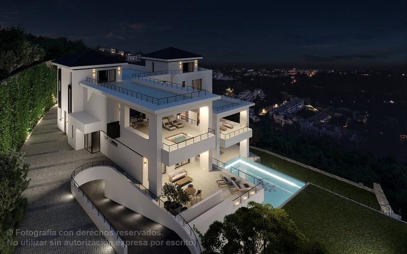 12 bed Property For Sale in Benahavís, Costa del Sol - thumb 5