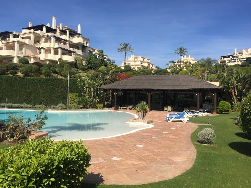 2 bed Property For Sale in Benahavís, Costa del Sol - thumb 2