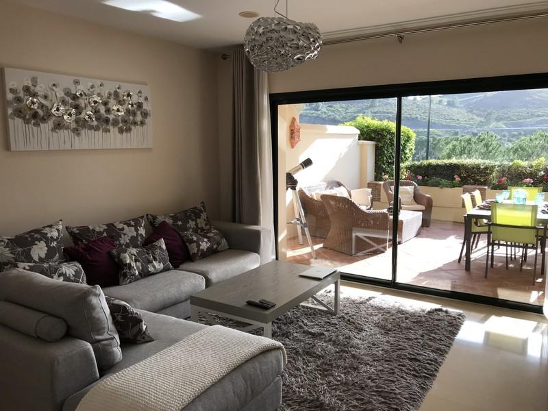 2 bed Property For Sale in Benahavís, Costa del Sol - thumb 5