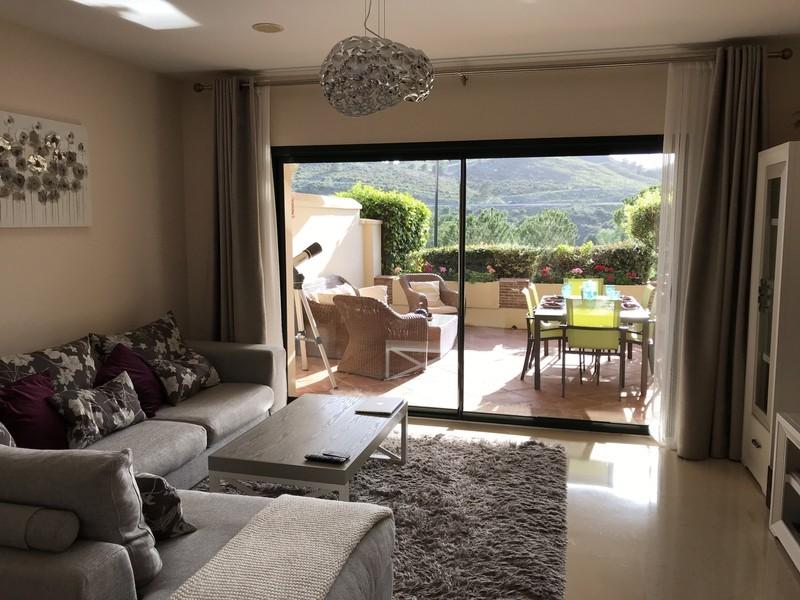2 bed Property For Sale in Benahavís, Costa del Sol - thumb 6